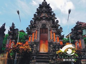 街道……在巴厘岛各种神庙随处可见